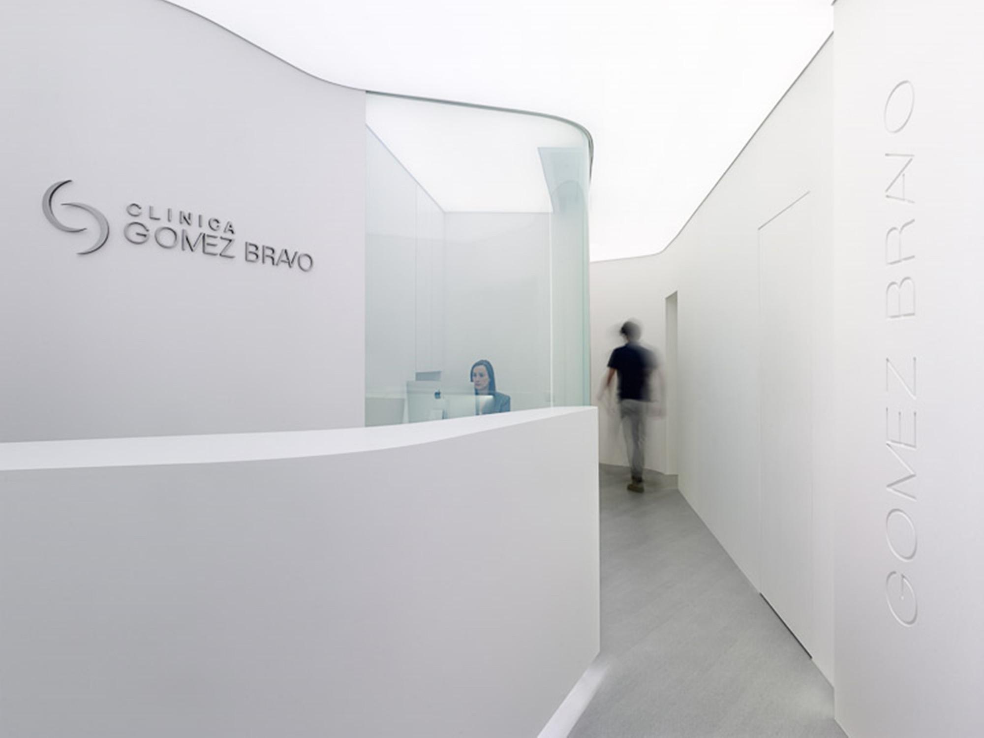 Cl nica g mez bravo iv n cotado dise o de interiores plataforma arquitectura - Arquitectura en diseno de interiores ...