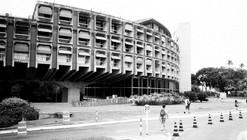 Clássicos da Arquitetura: Secretarias do Centro Administrativo da Bahia / João Filgueiras Lima (Lelé)