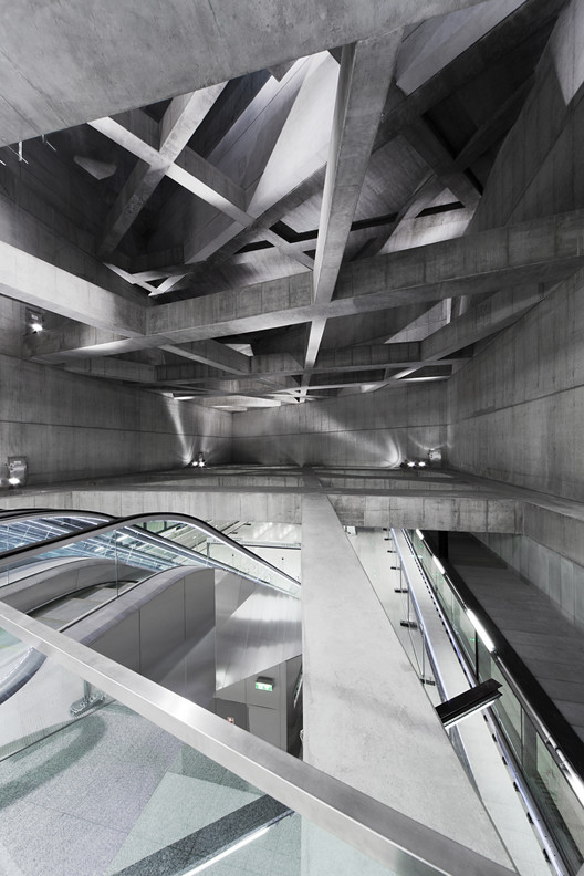 Twin Stations - sporaarchitects © Tamás Bujnovszky