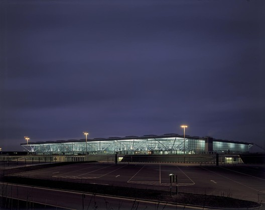 Priestman worked with Foster + Partners on the Stansted Airport during her time at the British Airports Authority. Image © Foster + Partners