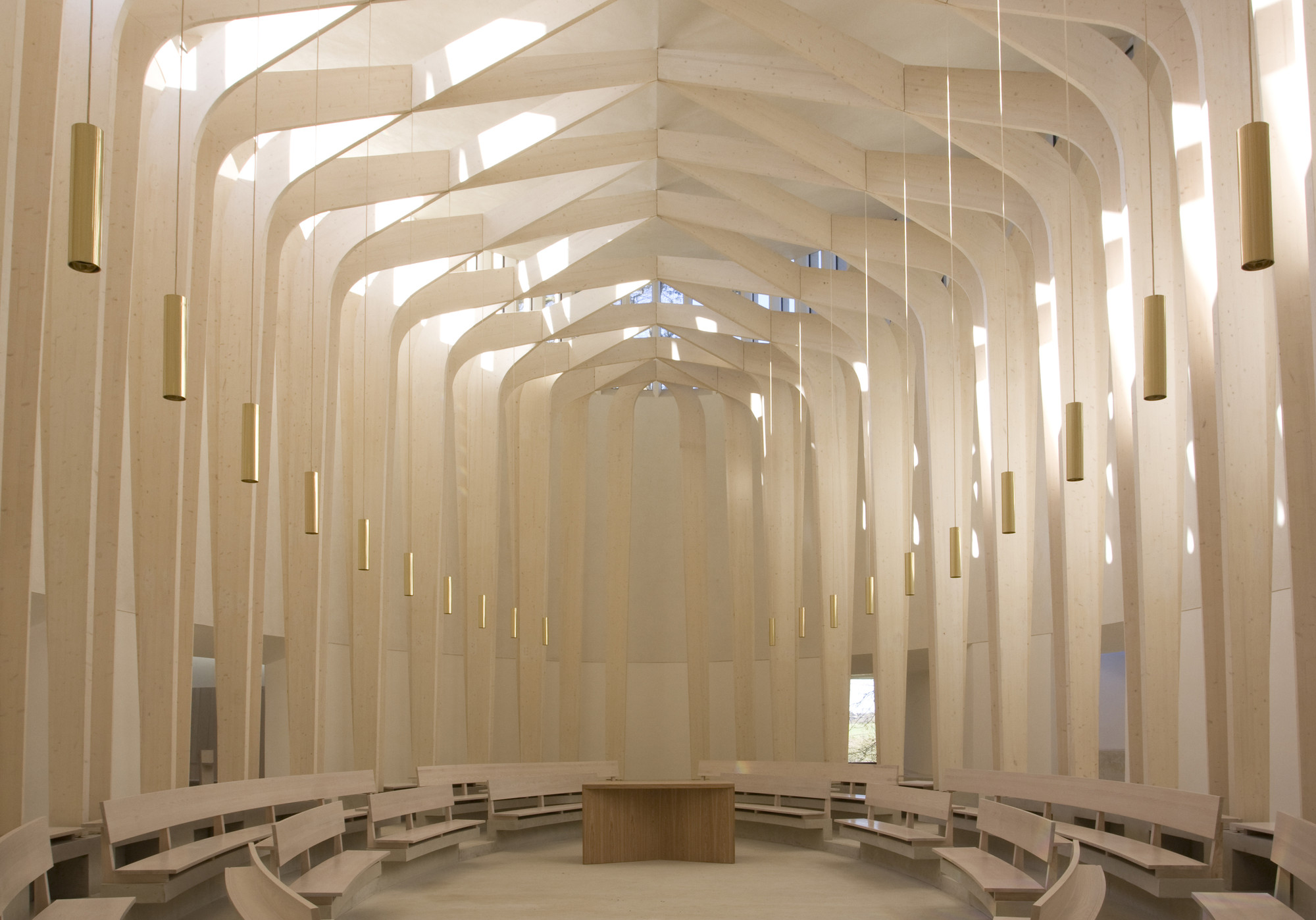 Bishop Edward King Chapel. Image © Niall McLaughlin Architects
