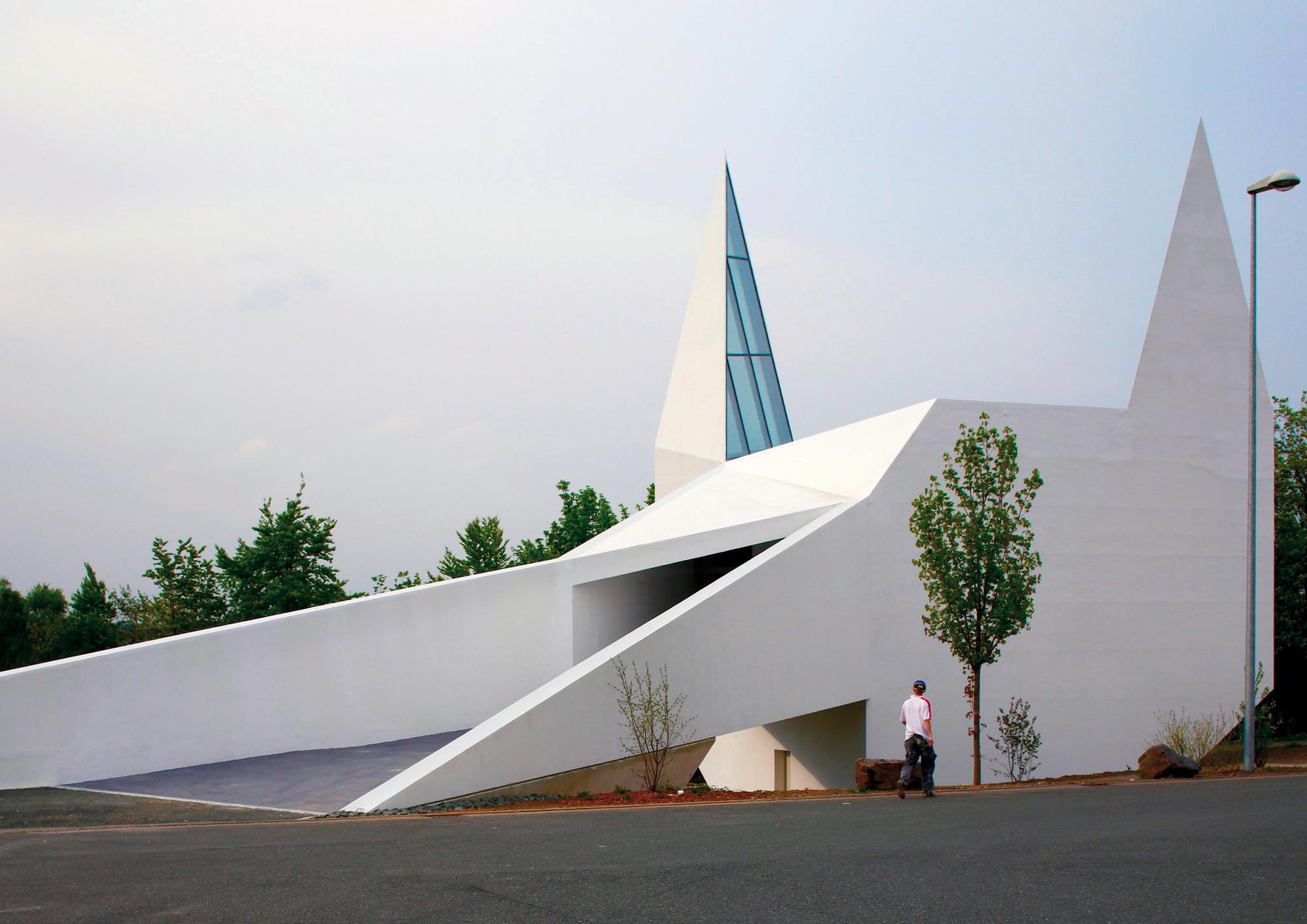 Iglesia Autobahn Siegerland  / Schneider+Schumacher, © Helen Schiffer