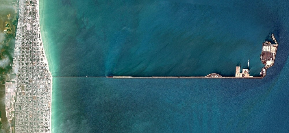 World's Longest Pier - Progeso, Mexico. Image Courtesy of DigitalGlobe