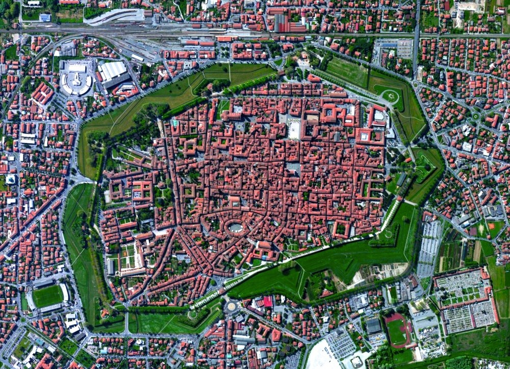 Lucca, Tuscany, Italy. Image Courtesy of DigitalGlobe