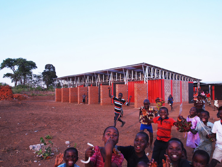 Escuela Primaria y Centro Comunitario Legson Kayira / Architecture for a Change. Image Cortesía de Architecture for a Change