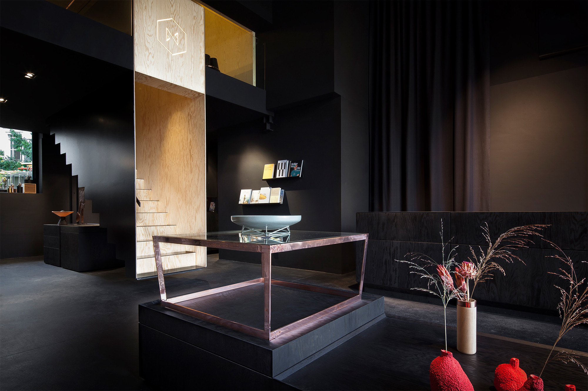 Gallery of bazar noir hidden fortress 13 for All black room design