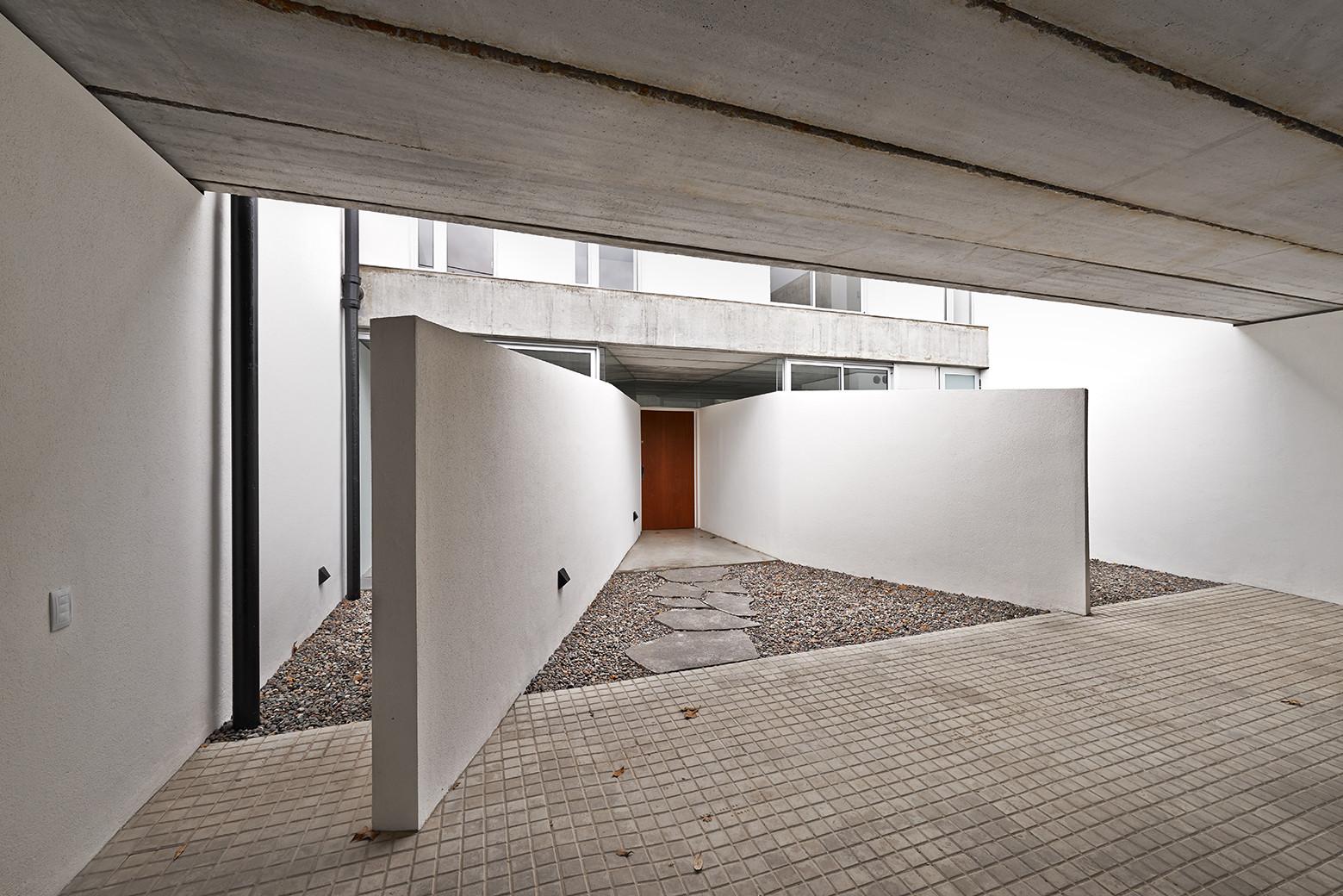 Casa T&G / Nicolás Campodonico, © Martin Lavayen
