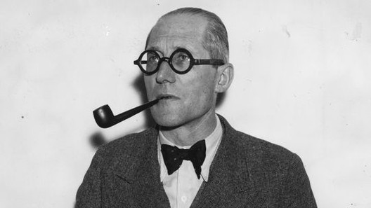 Le Corbusier en 1938. © Hudson/Topical Press Agency/Getty Images