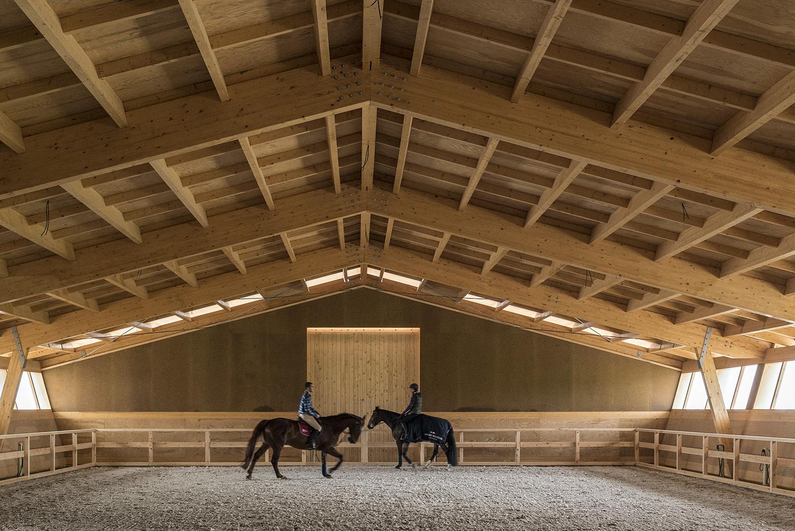 Equestrian Centre / Carlos Castanheira & Clara Bastai, © Fernando Guerra | FG+SG