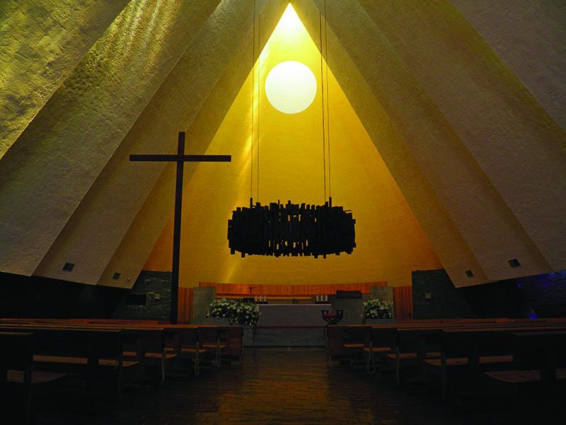 Iglesia Santa Cruz, José Antonio Attolini Lack. Image Cortesía De Tour México