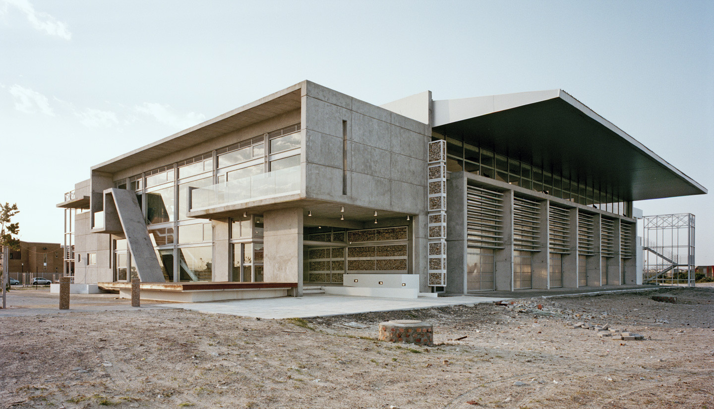 The Thusong Service Centre in Cape Town's Khayelitsha Township. Image © David Southwood