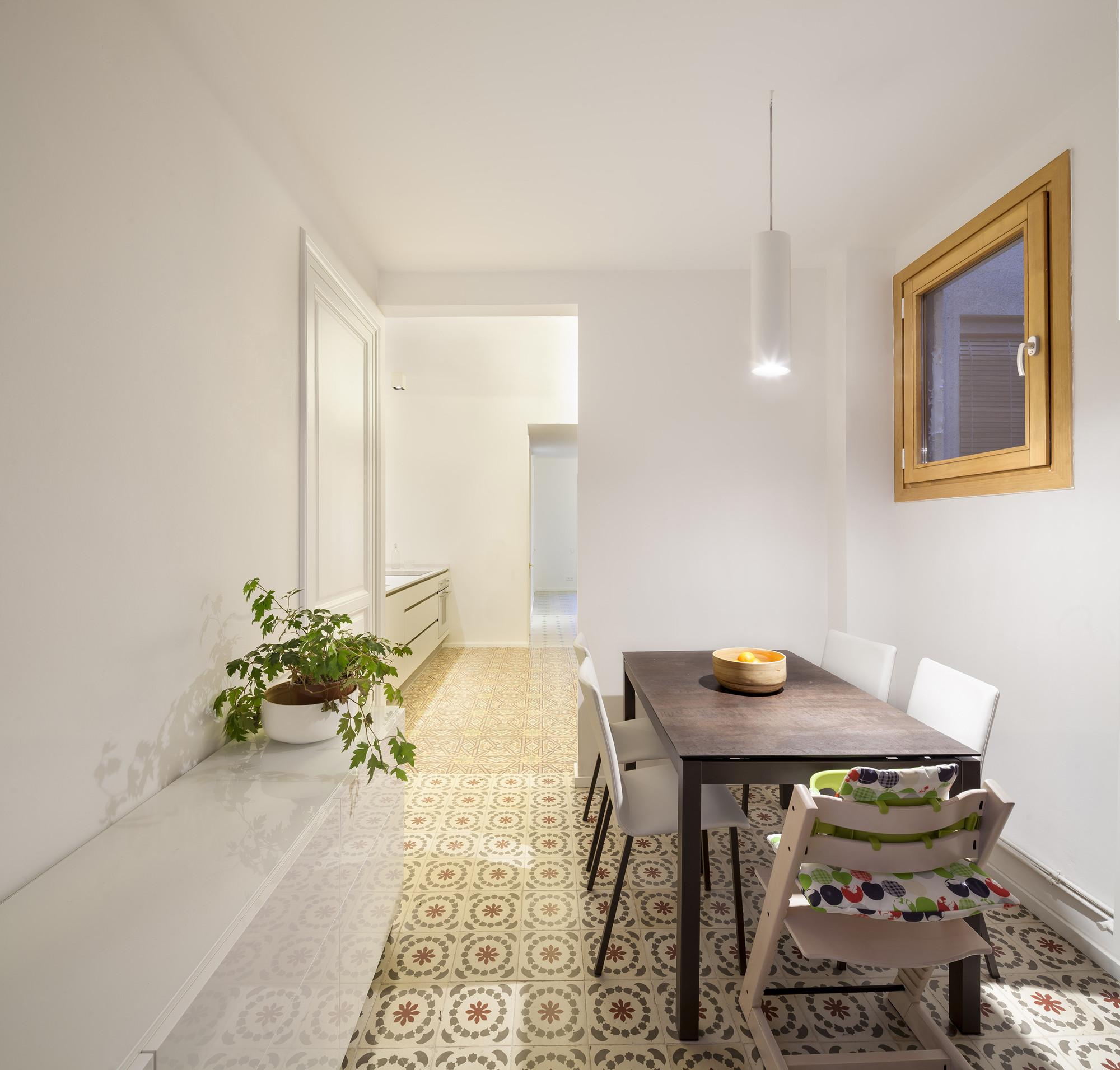 Reforma Apartamento en Barcelona  / Alventosa Morell Arquitectes , © Adrià Goula