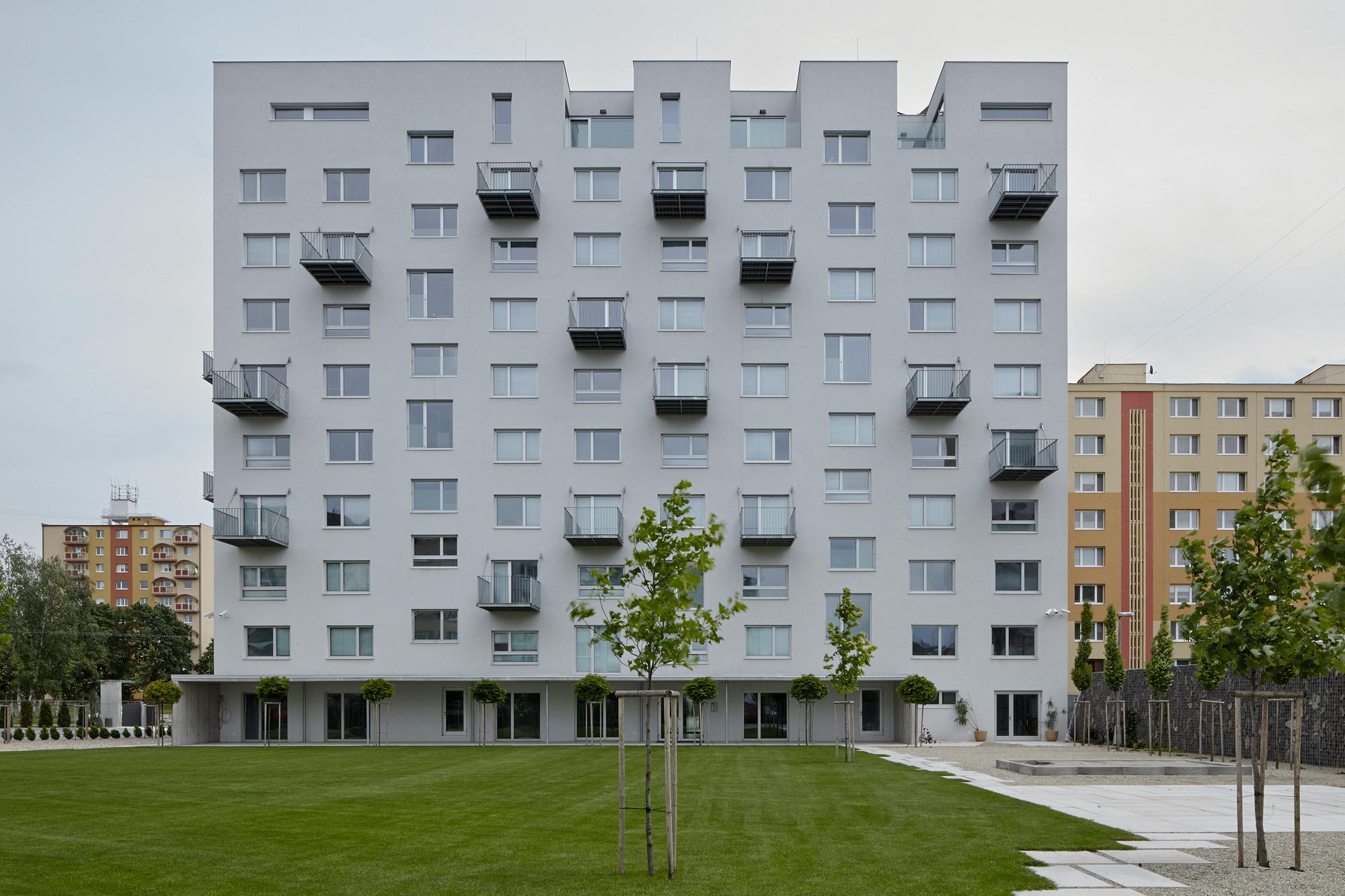Prefab House In Rimavska Sobota  / GutGut, © Jakub Skokan a Martin Tůma (BoysPlayNice)