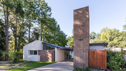 Casa en El Pinar / BIAGIONI/PECORARI Arquitectos