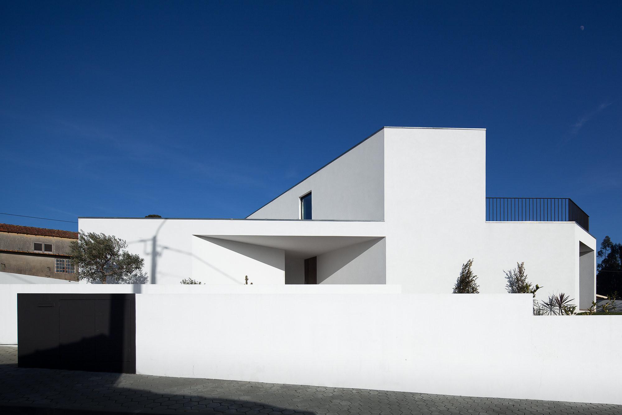 House in Arrifana / Pedro Henrique, © José Campos