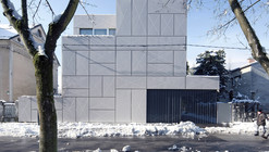 Villa Criss-Cross Envelope / OFIS Architects