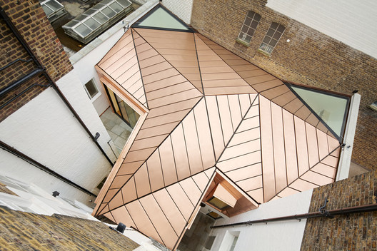 Shortlisted: Great James Street / Emrys Architects. Image © Alan Williams