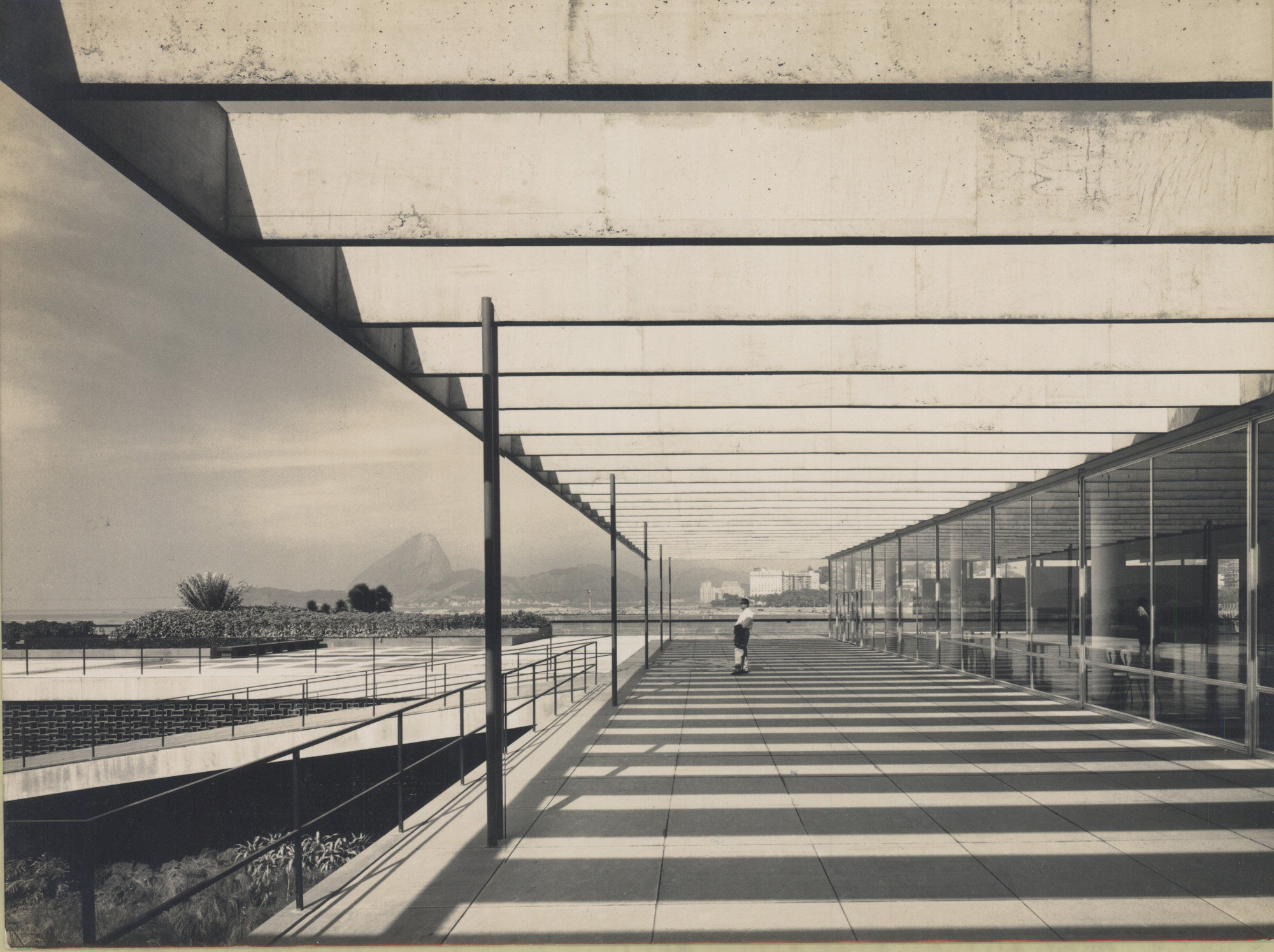 Affonso Eduardo Reidy. Museum of Modern Art of Rio de Janeiro (MAM), Rio de Janeiro, Brazil, 1934-1947. ©Núcleo de Documentação e Pesquisa – Faculdade de Arquitetura e Urbanismo da Universidade Federal do Rio de Janeiro