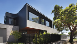 The Corner / Bower Architecture