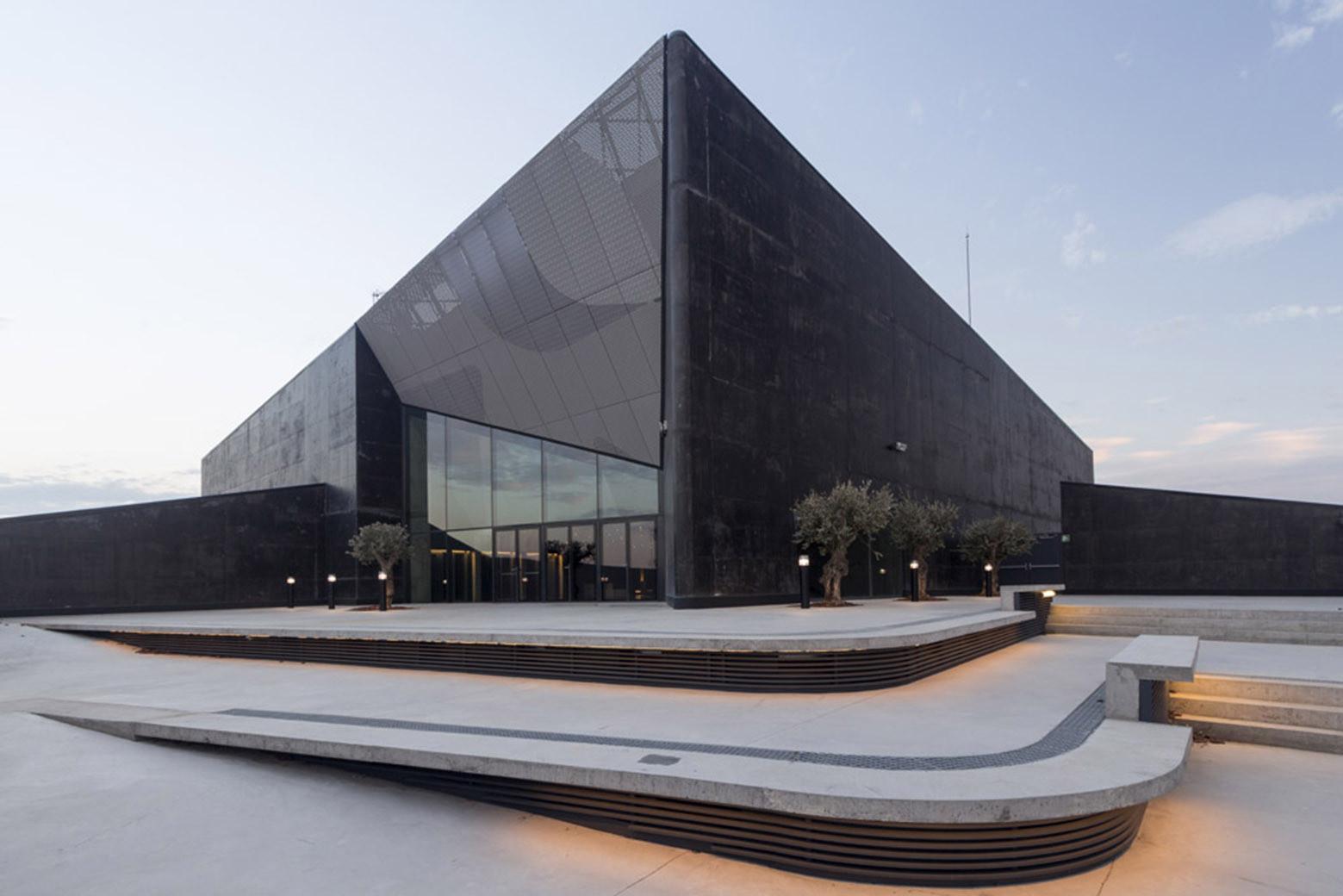Caixa Forum Zaragoza © Ricardo Santonja
