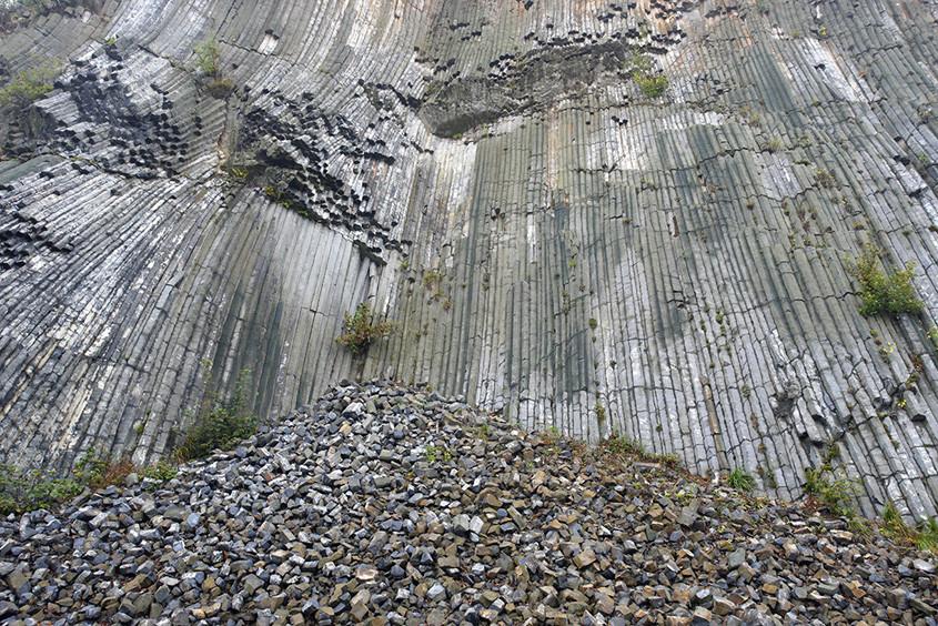 Galer a de materiales piedra natural m rmoles granitos for Cuanto esta el marmol