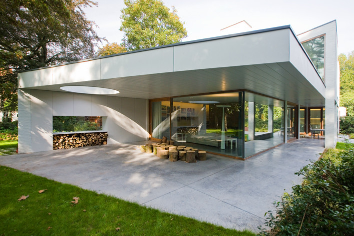 AVEK – House in a Garden Park / DEVOLDERarchitecten, © At Home Publishers & Abet Laminati