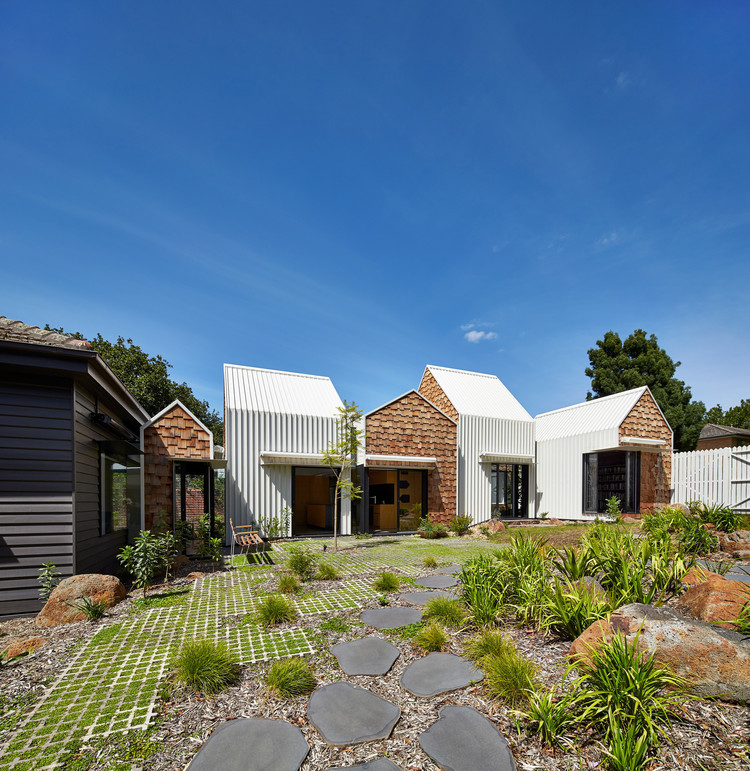 Hill House By Andrew Maynard Architects: Tower House / Austin Maynard Architects