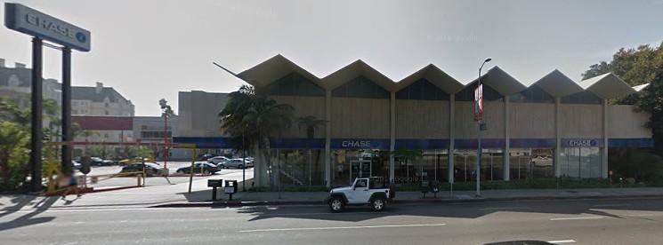 Sitio existente en 8150 Sunset Blvd. Imagen © Google Earth