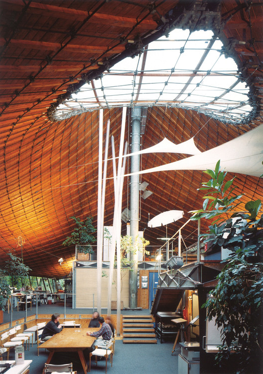 Instituto de Estructuras Livianas, interior, 1967, Universidad de Stuttgart en Vaihingen. © Atelier Frei Otto Warmbronn
