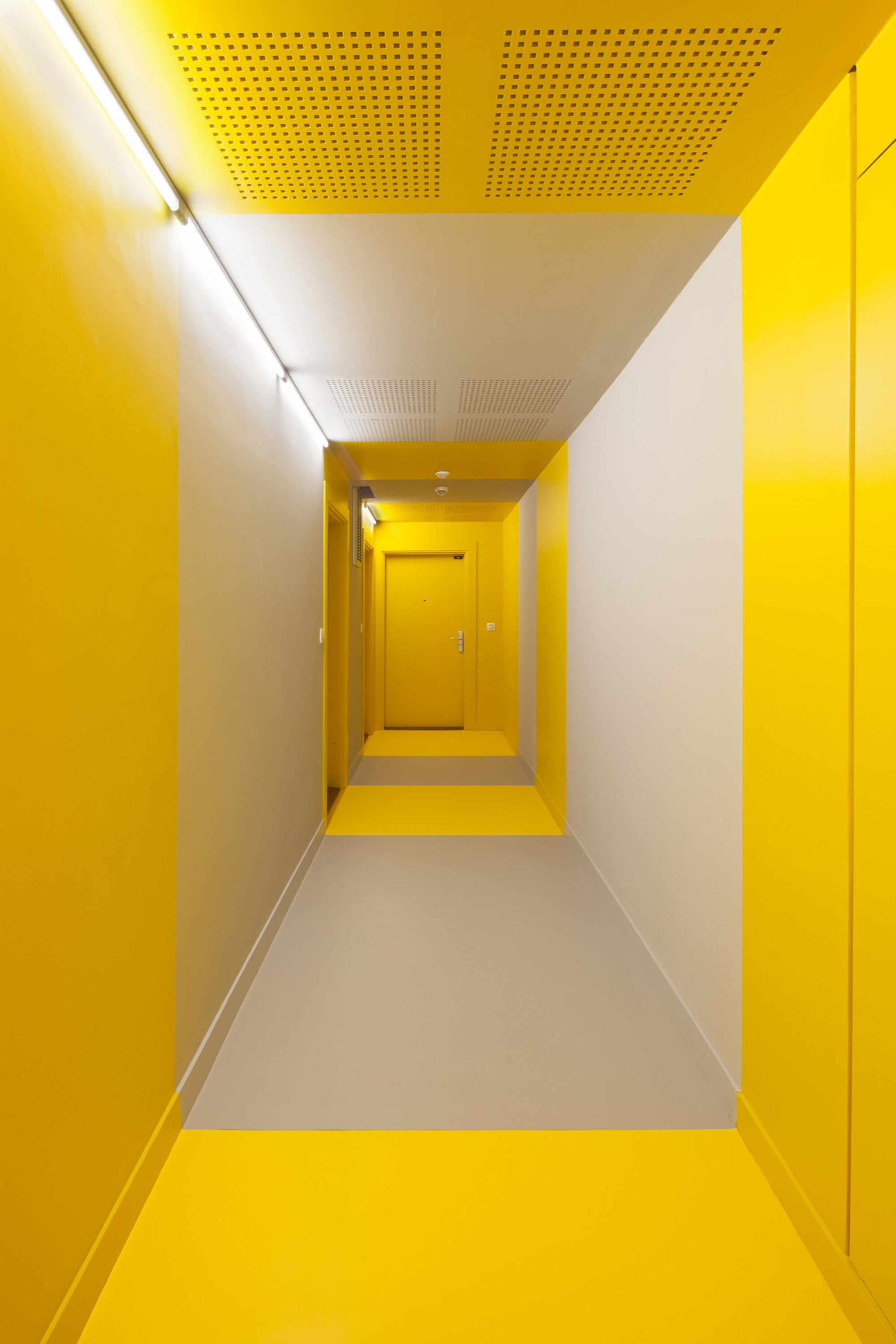 Gallery of housing in paris comte vollenweider for Apartment number design