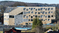 Mesterfjellet 1-10 School and Family Centre  / CEBRA