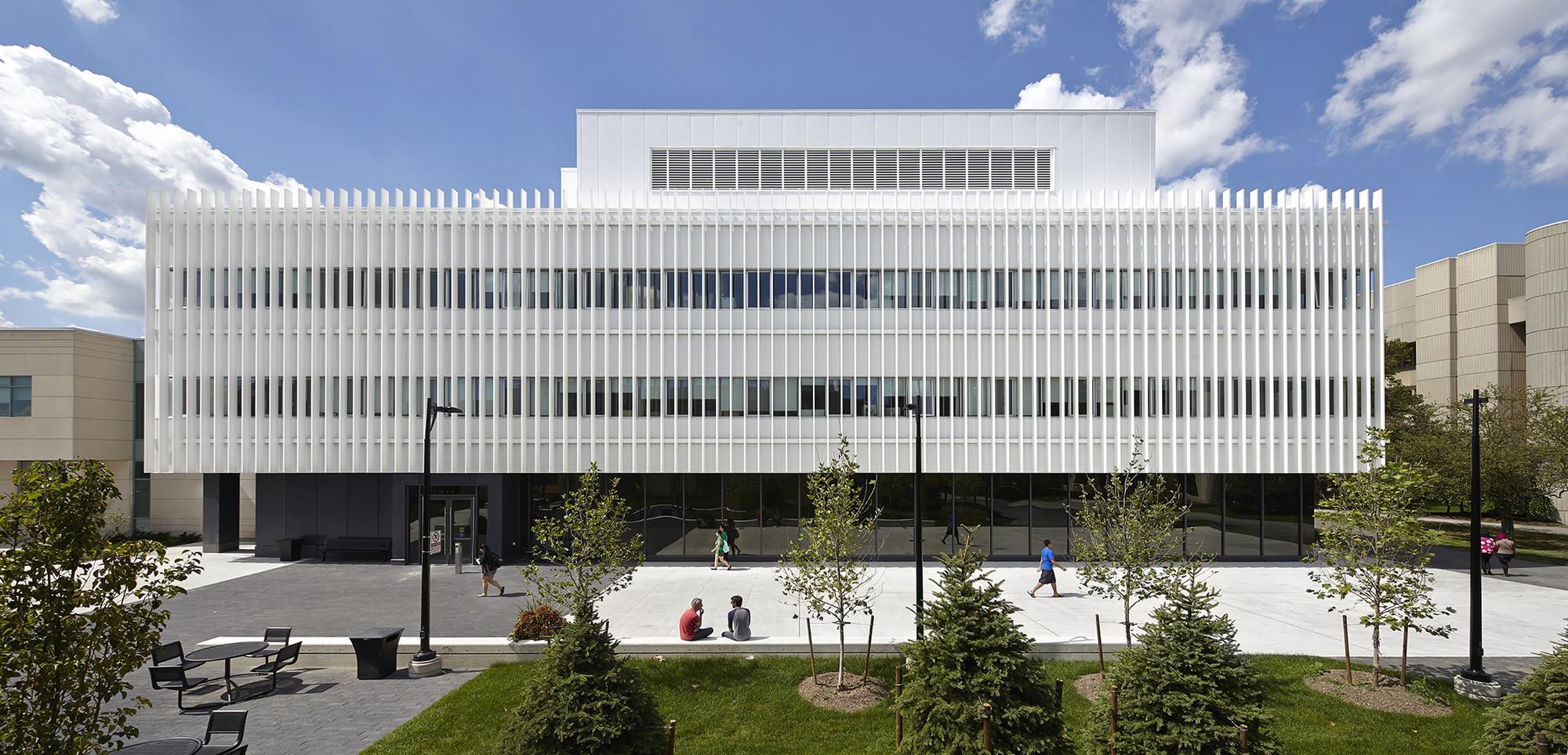 Centro de innovación UTM / Moriyama & Teshima Architects, © Shai Gil
