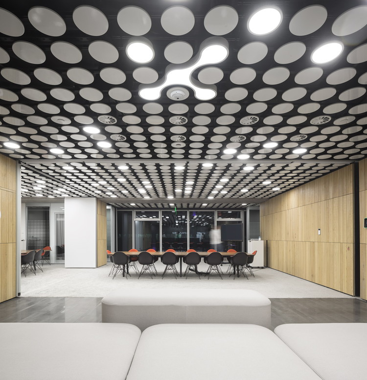 Sede Uralchem / Pedra Silva Arquitectos, © Fernando Guerra   FG+SG