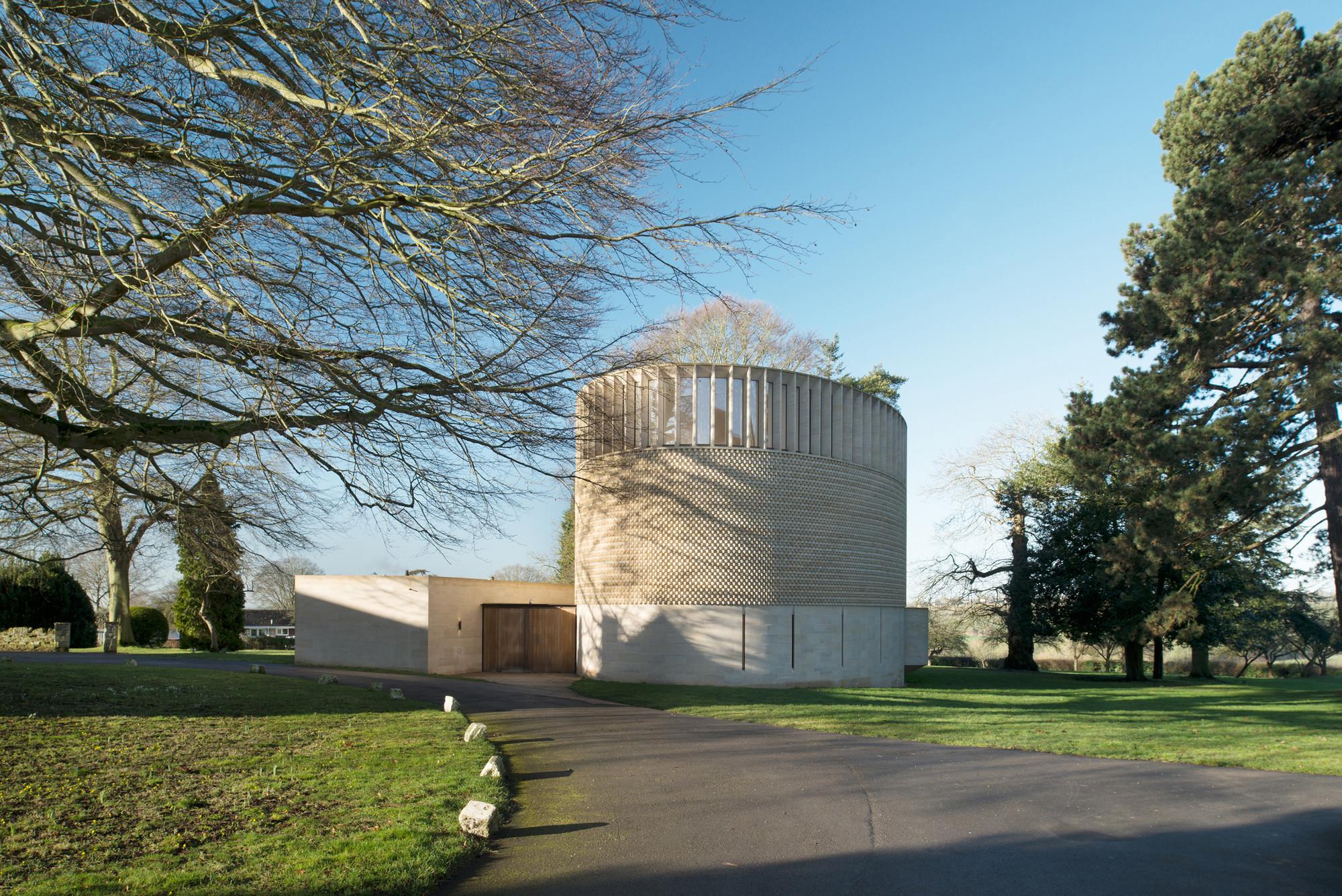 Capilla Obispo Edward King / Niall McLaughlin Architects, © NAARO