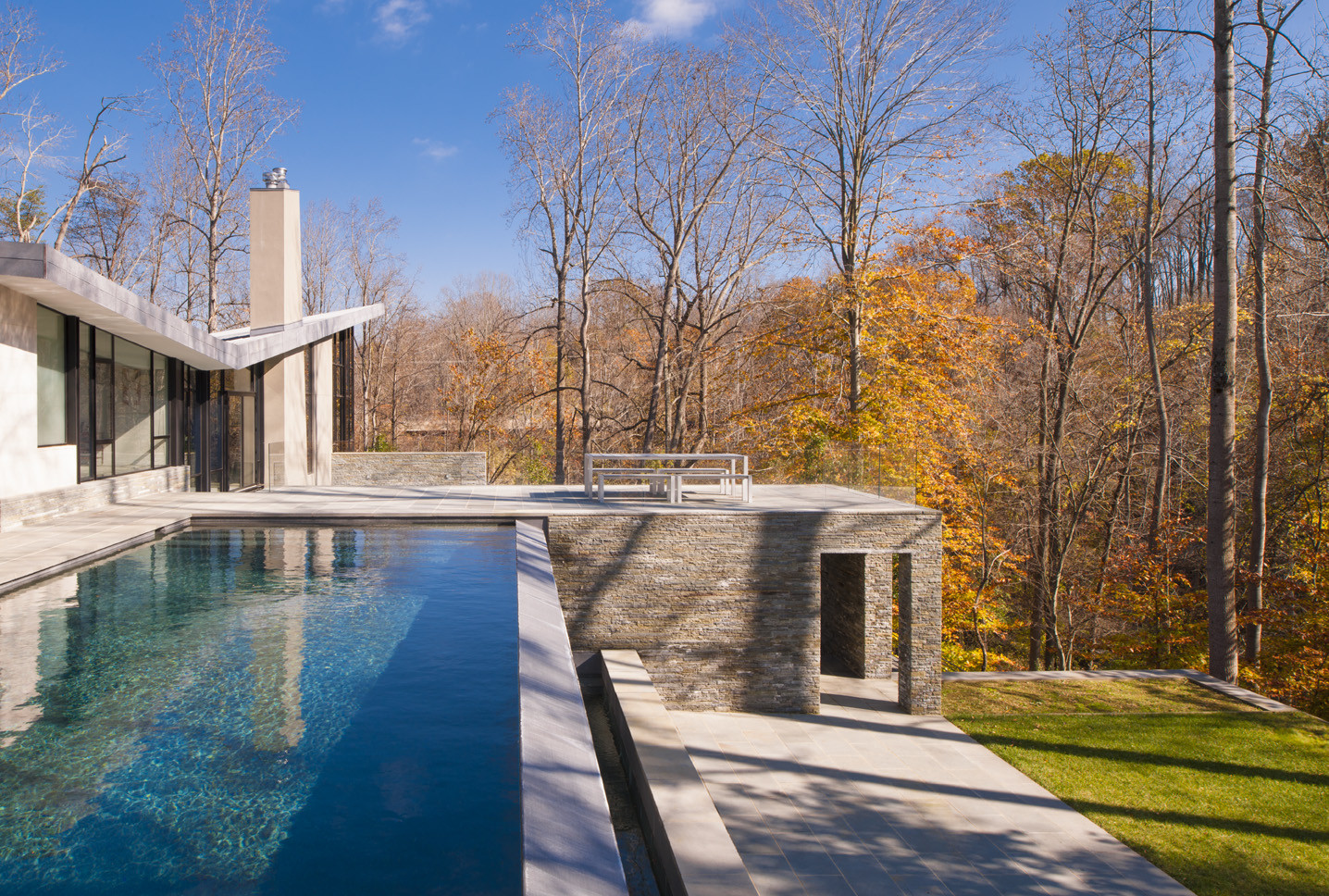 Difficult Run Residence / Robert M. Gurney Architect, © Maxwell MacKenzie Architectural Photographer