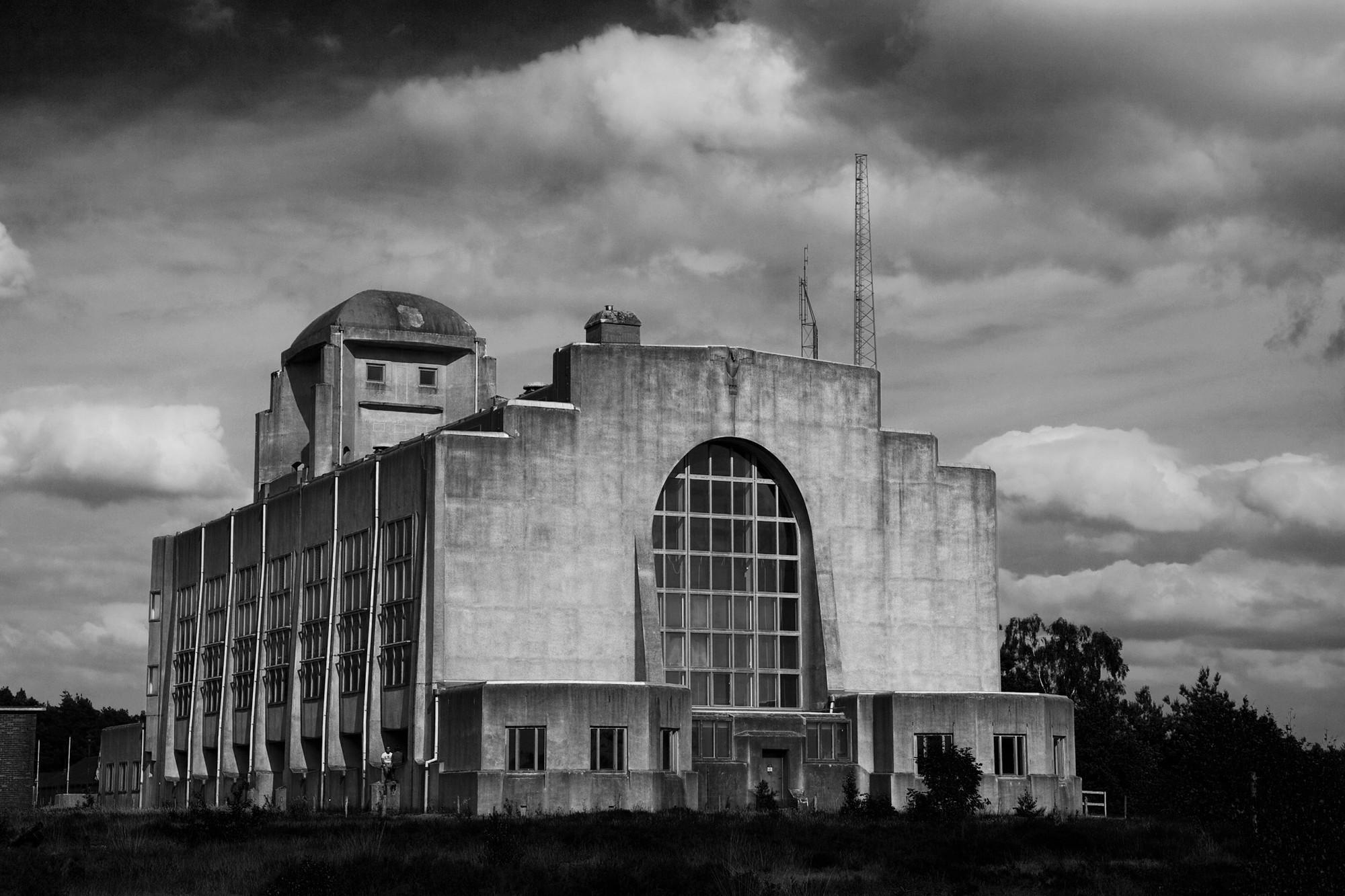 Radio Kootwijk: edificio A, posterior. Image © hans905 [Flickr CC]