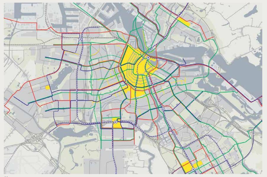 Propuesta gubernamental de vías segmentadas para bicicletas (verde), buses/trenes ligeros (azul) y automóviles (rojo), además de zona amarilla, prioridad para peatones. Image vía PlanAmsterdam 1-2013