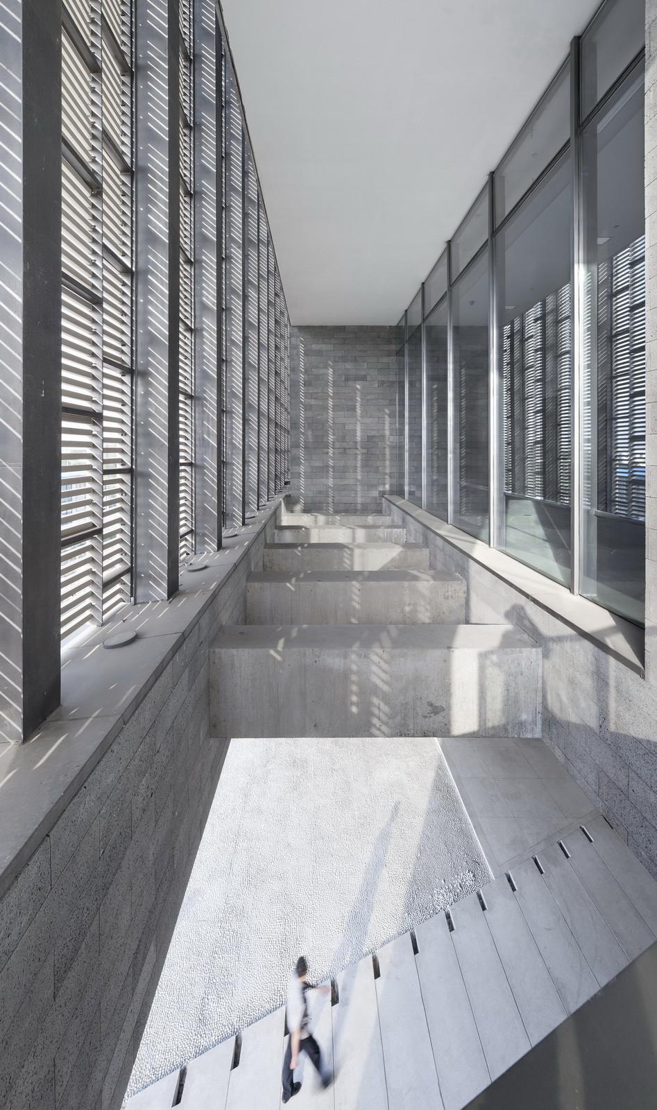 Gallery of fan zeng art gallery original design studio 4 for Studio 11 architecture