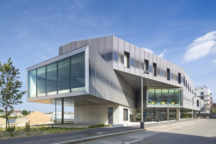 Media Library Choisy-Le-Roi / Atelier d'Architecture Brenac-Gonzalez, © Sergio Grazia
