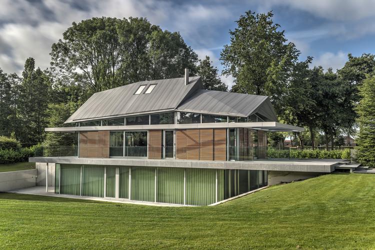 Villa H en Brabant / Coenen Sättele Architecten, © Arthur Bagen