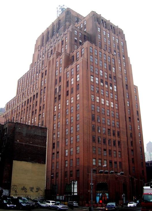 60 Hudson Street, antes el edificio Western Union, se ha convertido en uno de los hubs de Internet más importantes de la costa este de los EE.UU.. Imagen © Wikipedia user Beyond my Ken