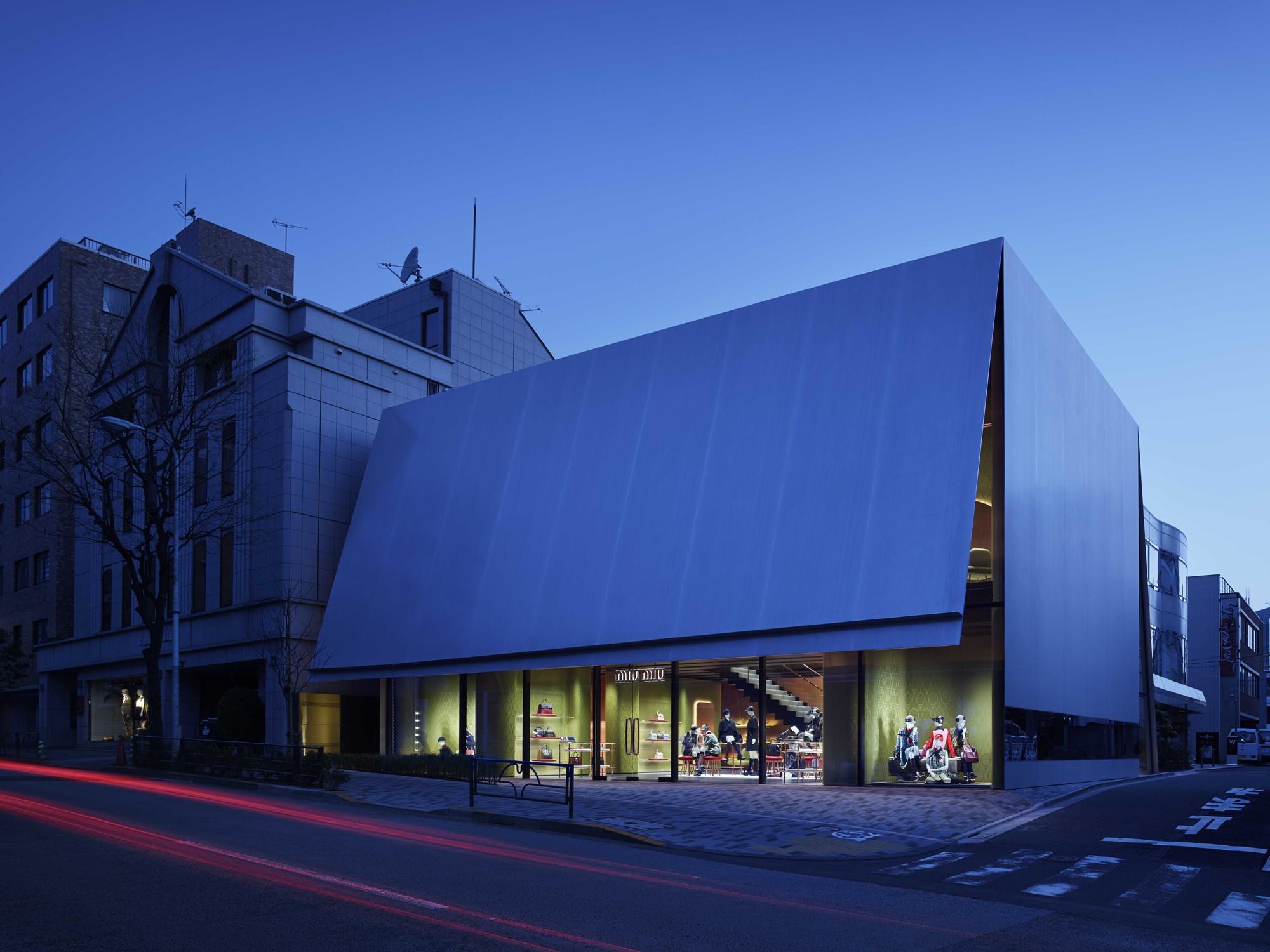 Miu Miu Aoyama Store / Herzog & de Meuron, © Nacasa & Partners