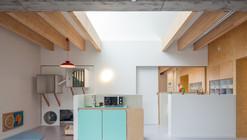 """Nursery """"Pluchke"""" Ukkel / ZAmpone Architectuur"""