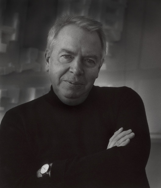 David Chipperfield. Image Courtesy of David Chipperfield Architects