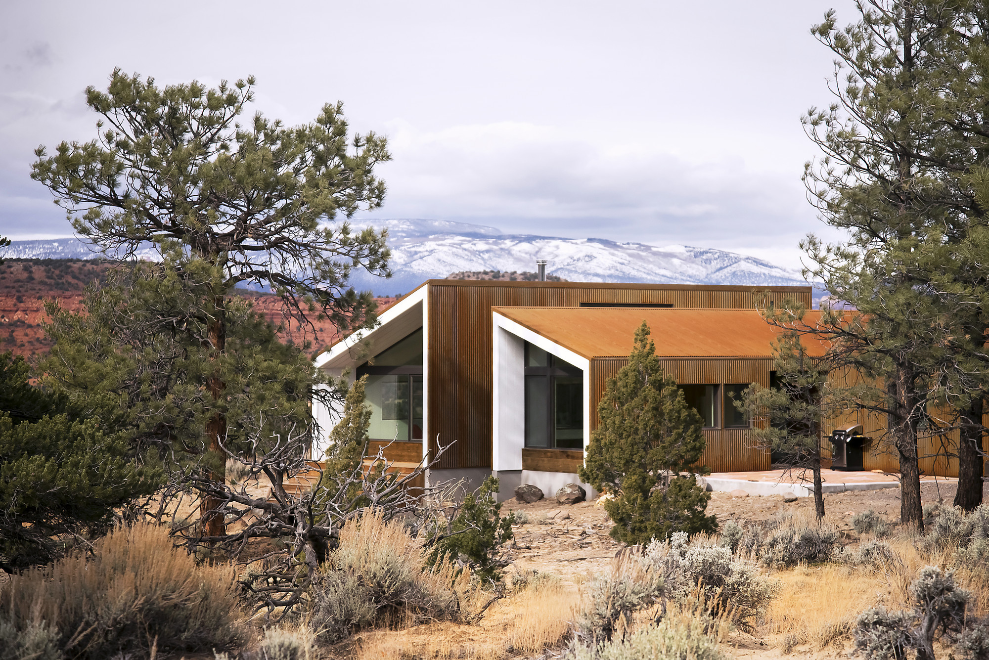 Capitol Reef Desert Dwelling   / Imbue Design, Courtesy of Imbue Design