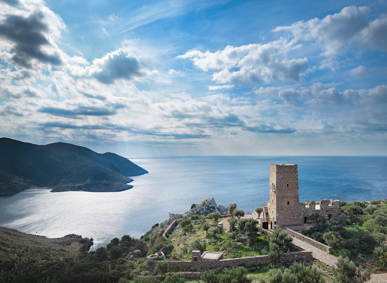 Tainaron Blue Retreat / Kostas Zouvelos + Kassiani Theodorakakou, © George Meitner