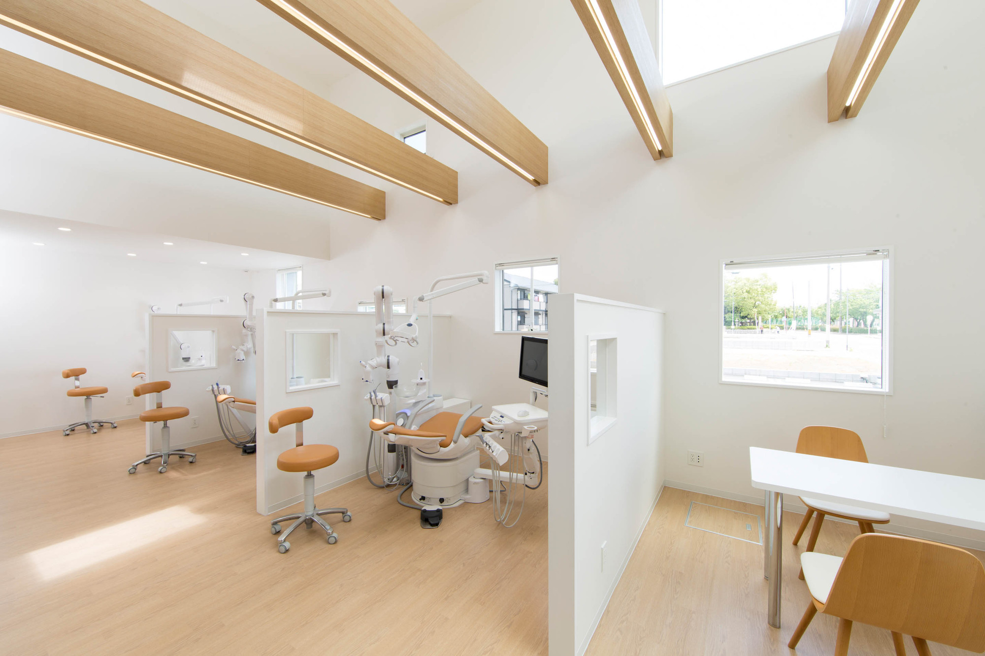 gallery of yokoi dental clinic iks design msd office 11