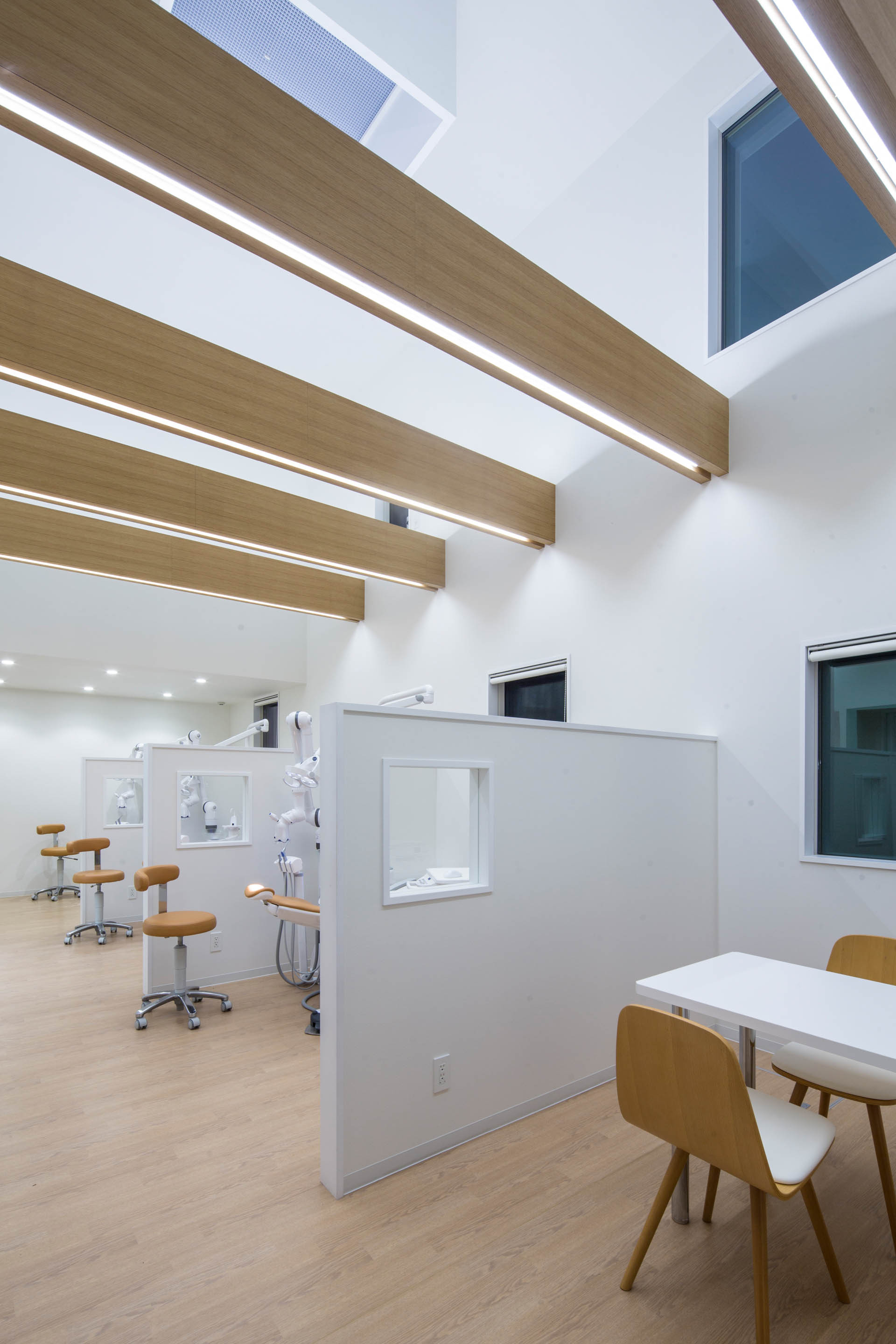 gallery of yokoi dental clinic iks design msd office 10