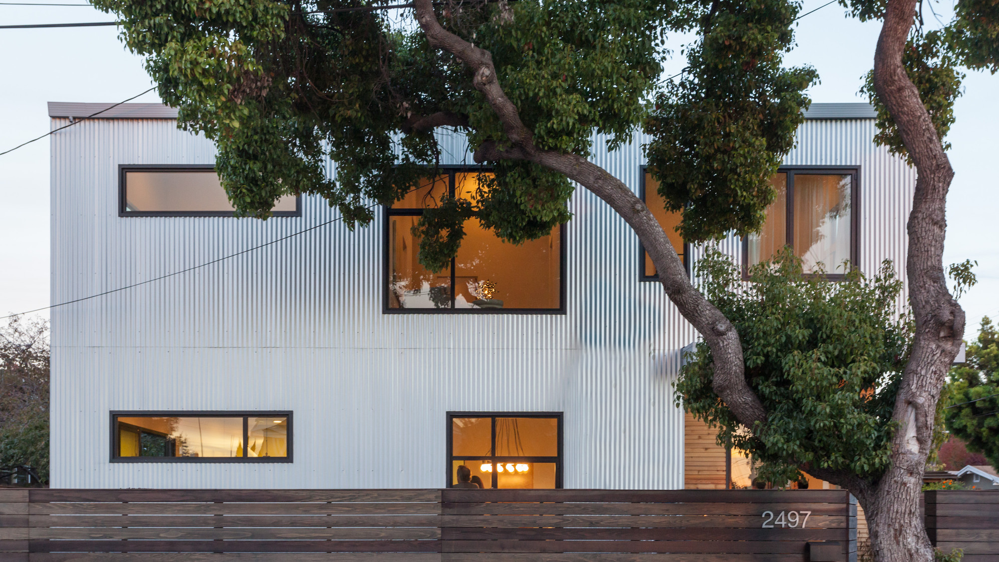 House in Valley Street / Baran Studio Architecture, © Peter Lyons