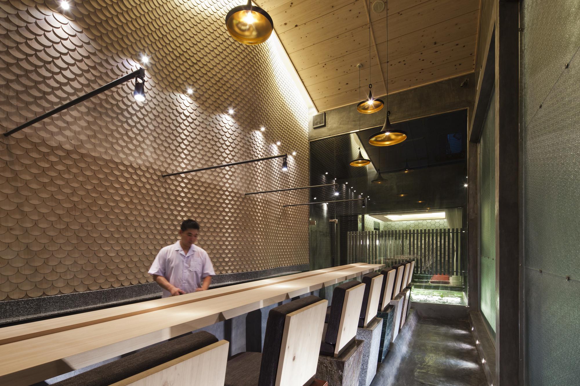 Sushi Restaurant in Ho Chi Minh City / 07BEACH, © Hiroyuki Oki